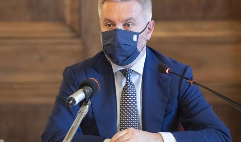 Difesa: La visita del ministro Lorenzo Guerini a Parigi