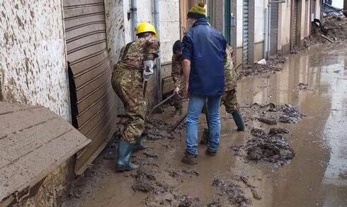 Sardegna: L'Esercito in soccorso alla popolazione di Bitti (Nuoro) dopo l'alluvione