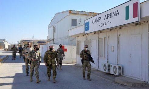 Afghanistan: La storia di Kabir, ex dipendente della base militare italiana Camp Arena, a Herat