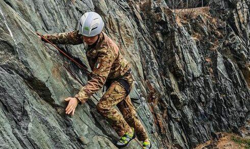 """Addestramento: Corsi alpinistici per la Brigata Alpina """"Taurinense"""""""