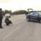Cronaca di Bari: Vigile investito da un sergente dell'Esercito pizzicato mentre buttava spazzatura