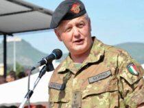 """Esercito Italiano: Il Generale di Corpo d'Armata Pietro Serino in visita alla caserma """"Arpaia"""""""