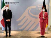 Vertice a Berlino: Incontro tra Lorenzo Guerini e Annegret Kramp-Karrenbauer