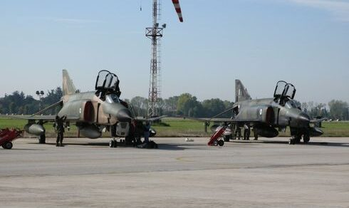 Bolzano: Due Eurofighter del 51° Stormo intercettano un aereo americano