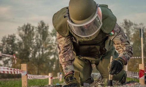 """Esercito Italiano: Il 6° Pionieri aderisce al progetto """"De-activate"""""""