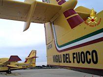 Ciampino: Scopriamo da vicino i velivoli antincendio Canadair dei Vigili del Fuoco con la pilota Giulia Grigoletti