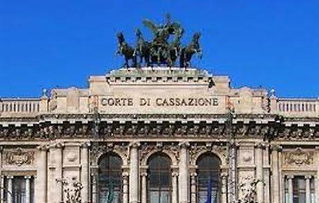 Pensioni: Corte di Cassazione, la pensione privilegiata ordinaria è soggetta ad IRPEF