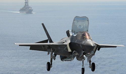 """Marina Militare: Il """"portaereo"""" Cavour"""