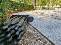 Cronaca: Torino, distrutto il monumento in ricordo dei caduti di Nassiriya